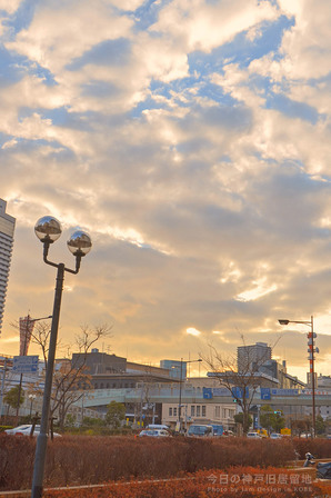 神戸旧居留地の雲